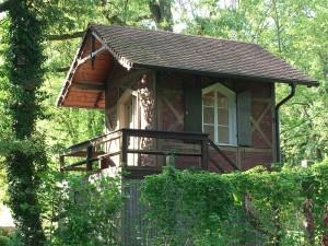 800px-er-burgberg-1-summerhouse-angle1